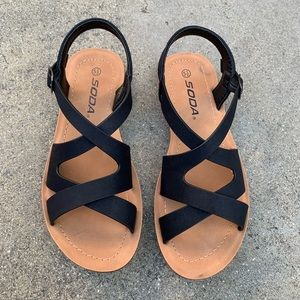 SODA Woman Cross Style Strapped Sandal Flip Flop